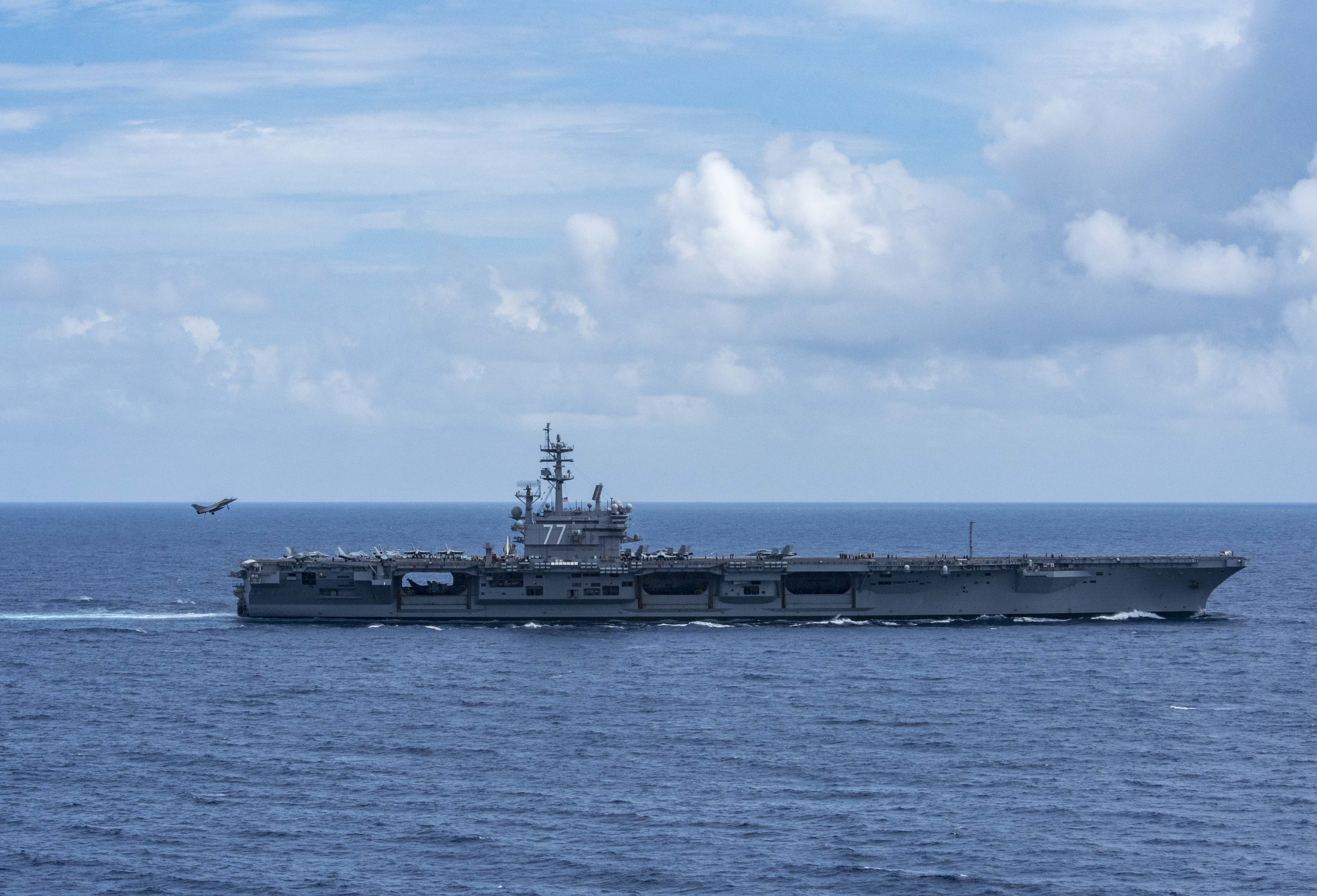 The US Navy works with French Naval Air Wings   Defense info